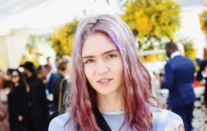"""Grimes says she finds gaming community """"a lot less toxic than the indie music stan community"""""""