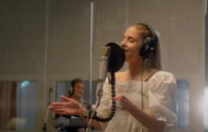 London Grammar drop breathtaking orchestral version of 'Lord It's A Feeling'