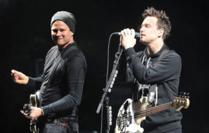 Tom DeLonge discusses mending relationship with Mark Hoppus after cancer diagnosis